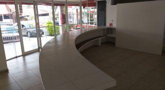 Plaza Lomas / Locales en Renta (20-80)