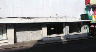Avenida 4 / Local en Venta (20-311)