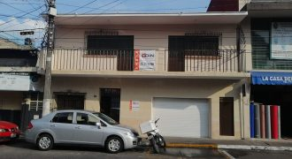 Calle 15 Avenida 4 / Local en Renta (20-313)